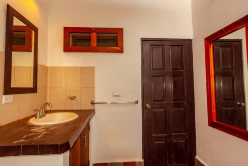 house-for-sale-granada-nicaragua-4