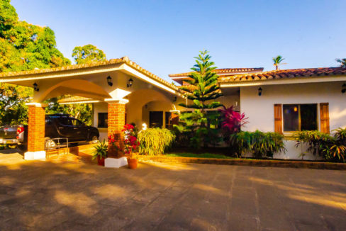 2298-Country home for sale Nicaragua property real estate (10)