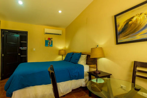 Hotel for sale at Gigante Beach (11)