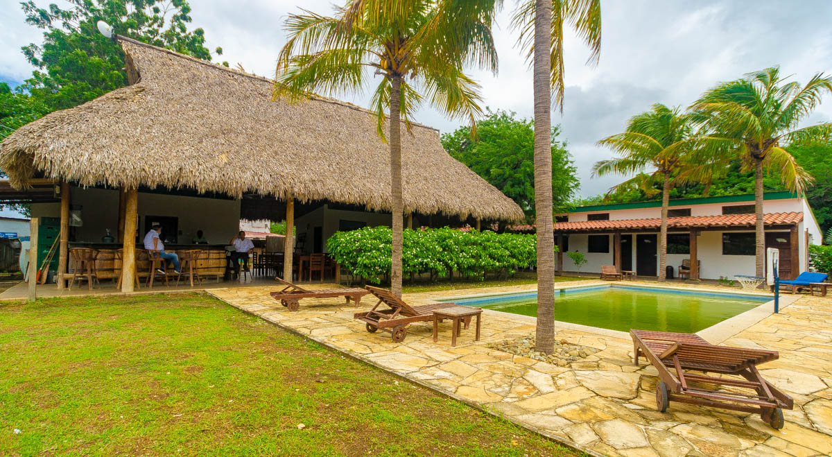 Hotel for sale at Gigante Beach (5)