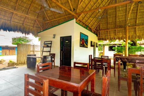 Hotel for sale at Gigante Beach (6)