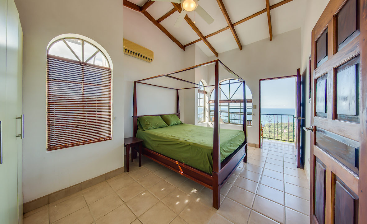 MADERAS SURF HOUSE OCEAN VIEW_POOL 19