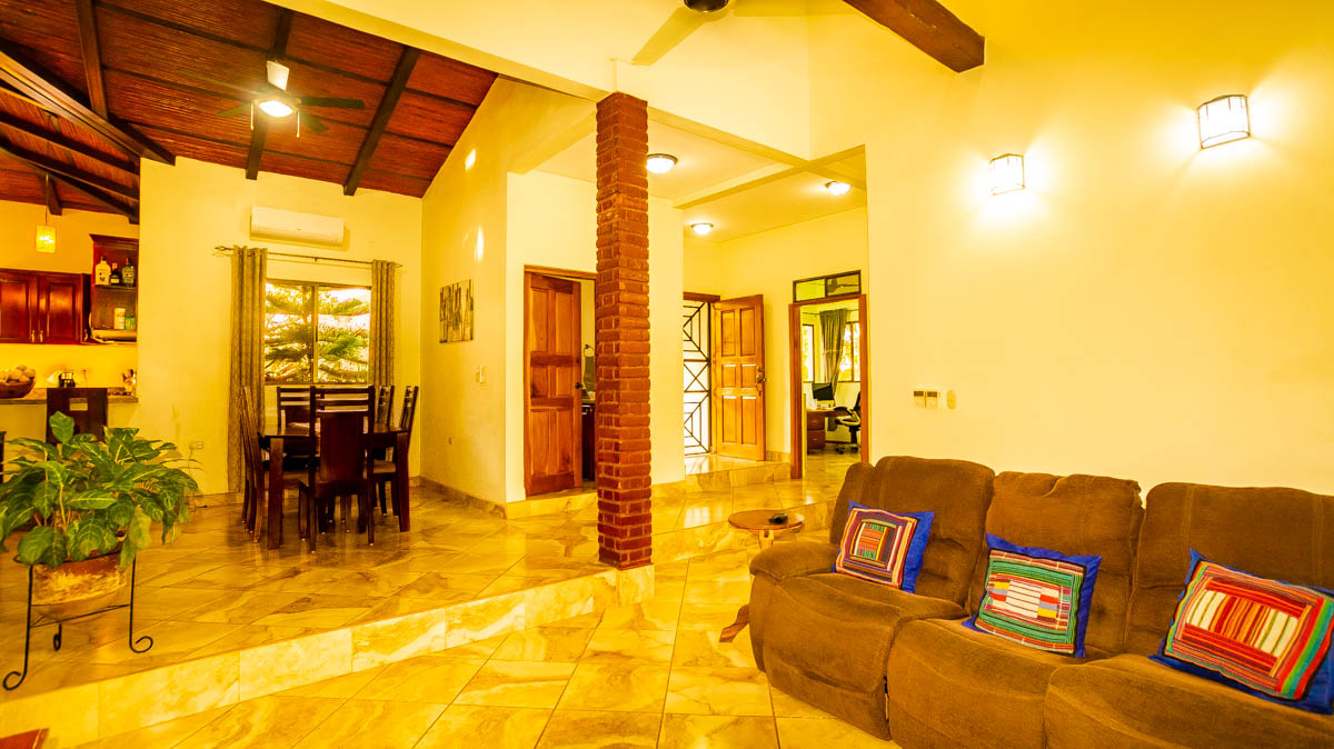 2298-Country home for sale Nicaragua property real estate (15)