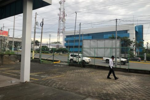 commercial-building-for-rent-10-managua