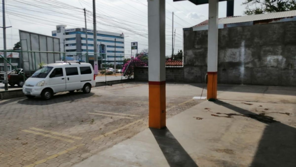 commercial-building-for-rent-3-managua