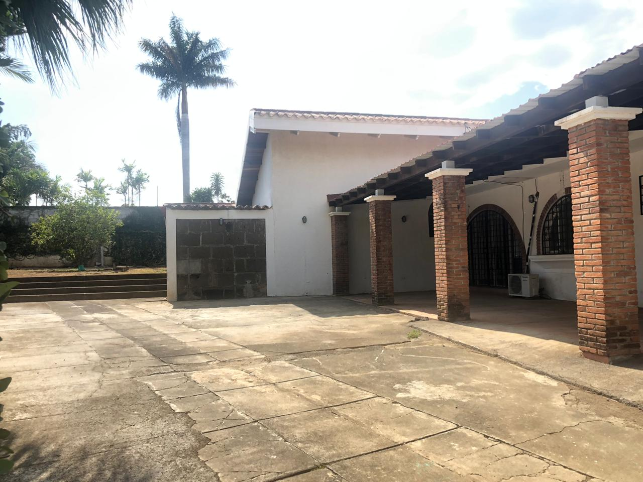 House For Rent – Residential or Commercial Purpose
