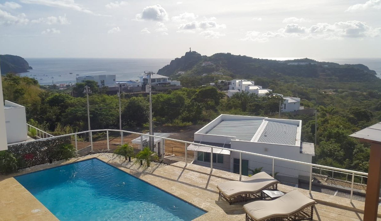 Luxury hilltop house and pool (8)