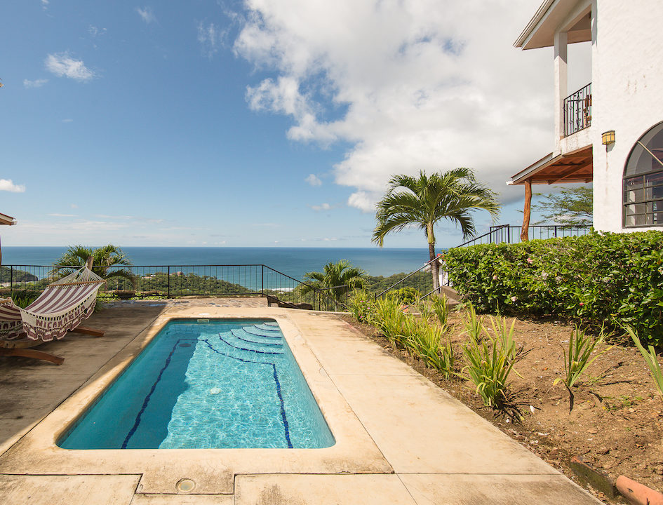MADERAS SURF HOUSE OCEAN VIEW_POOL 03