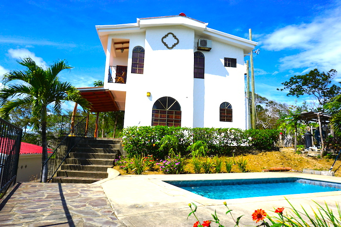 MADERAS SURF HOUSE OCEAN VIEW_POOL 07