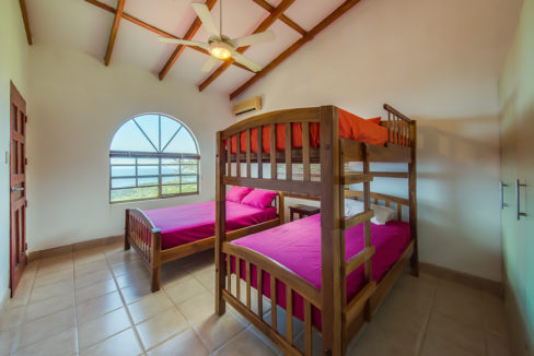 MADERAS SURF HOUSE OCEAN VIEW_POOL 16
